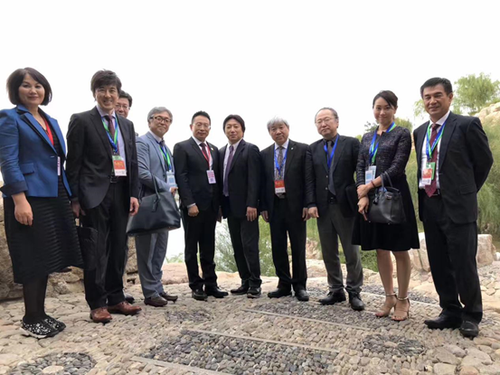 Picture of Jacky Zhang and representatives from Japanese companies cooperated with Beroni Group