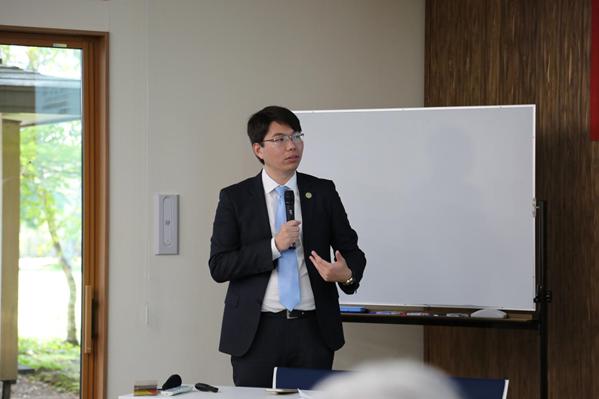 贝罗尼集团美国公司代表贾正虎博士演讲