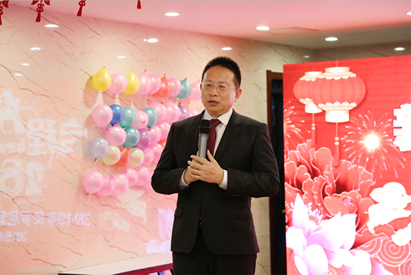 Mr. Jacky Zhang, Executive Chairman of Beroni Group making opening address